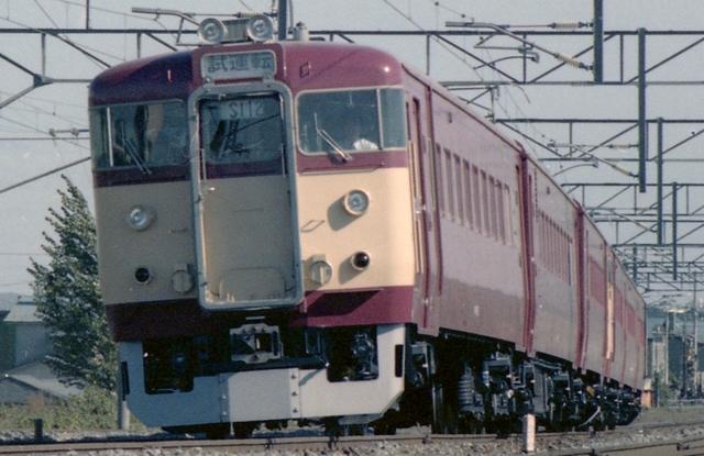 711 112編成_R.jpg