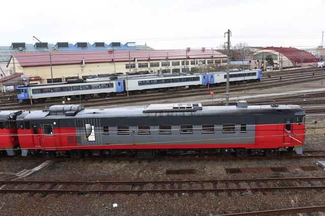キハ40 500 (10)_R.jpg