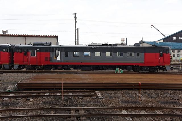 キハ40 500 (4)_R.jpg