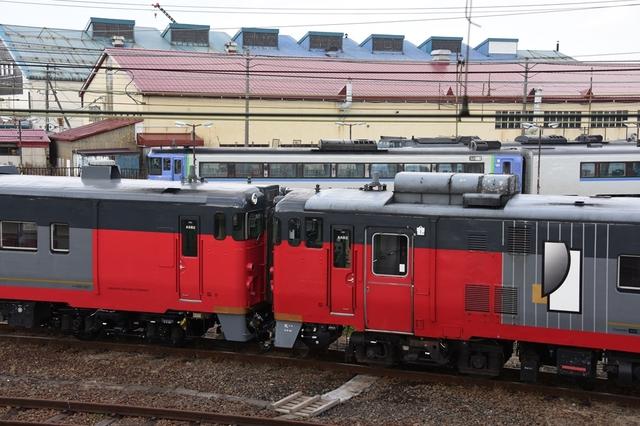 キハ40 500 (8)_R.jpg