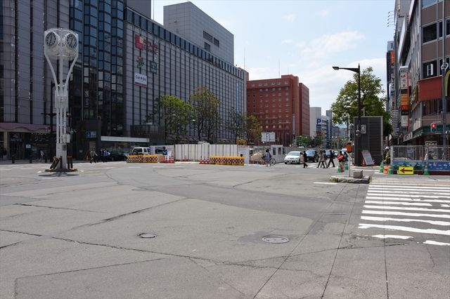 10札幌市電_R.JPG