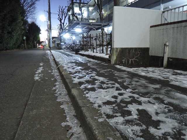 これは東京です_R.jpg